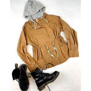FOREVER 21 • Tan Utility Jacket